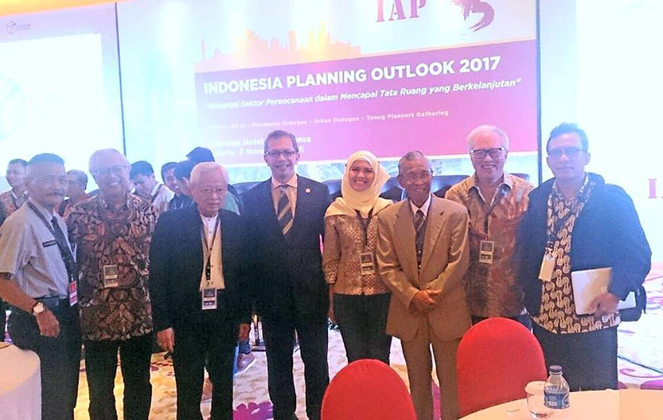 Indonesia Planning Outlook 2017 An Annual Forum Of IAP